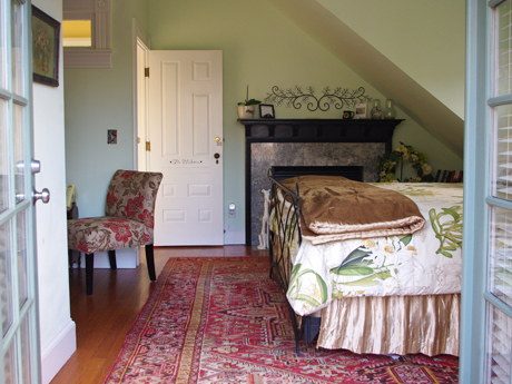 King bed in McIntire Room at downtown Charlottesville, Virginia, bed and breakfast